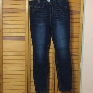 Mudd Skinny Jean size 13 Excellent condition!